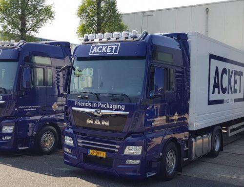 Voor Acket nieuwe transportwagens aangekocht